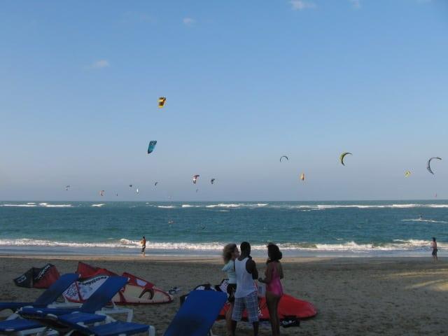 The kites on kite beach Cabaerte